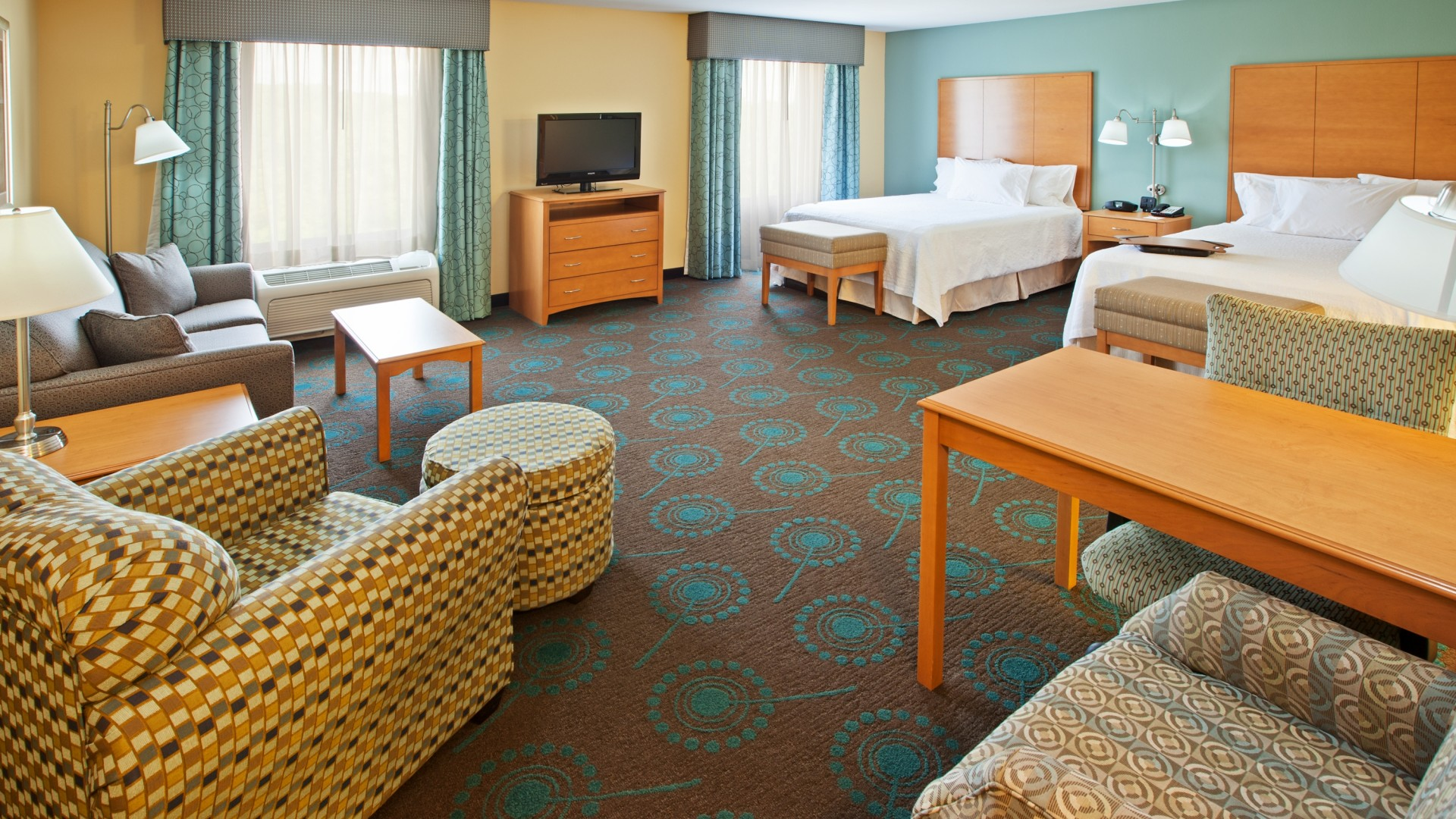 Hotel rooms in the Canton, Stark County Ohio area